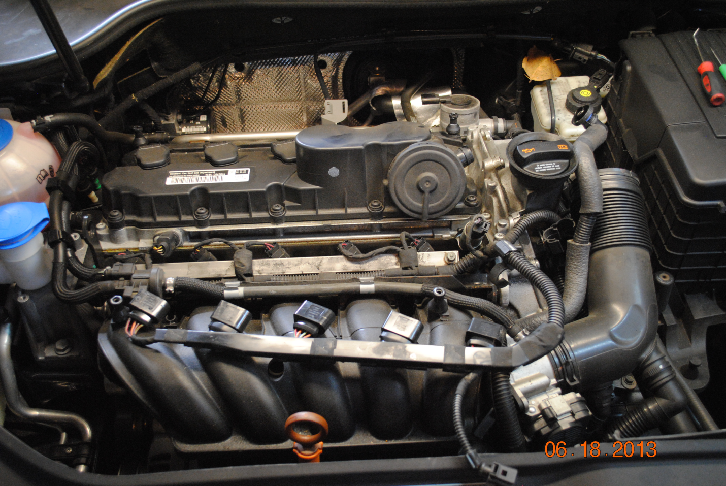 VW 2.5l 5 Cylinder Valve Cover DIY